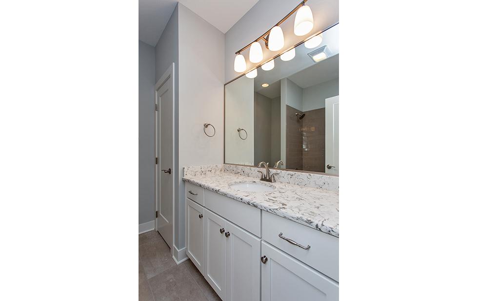 25 Hampton Bathroom