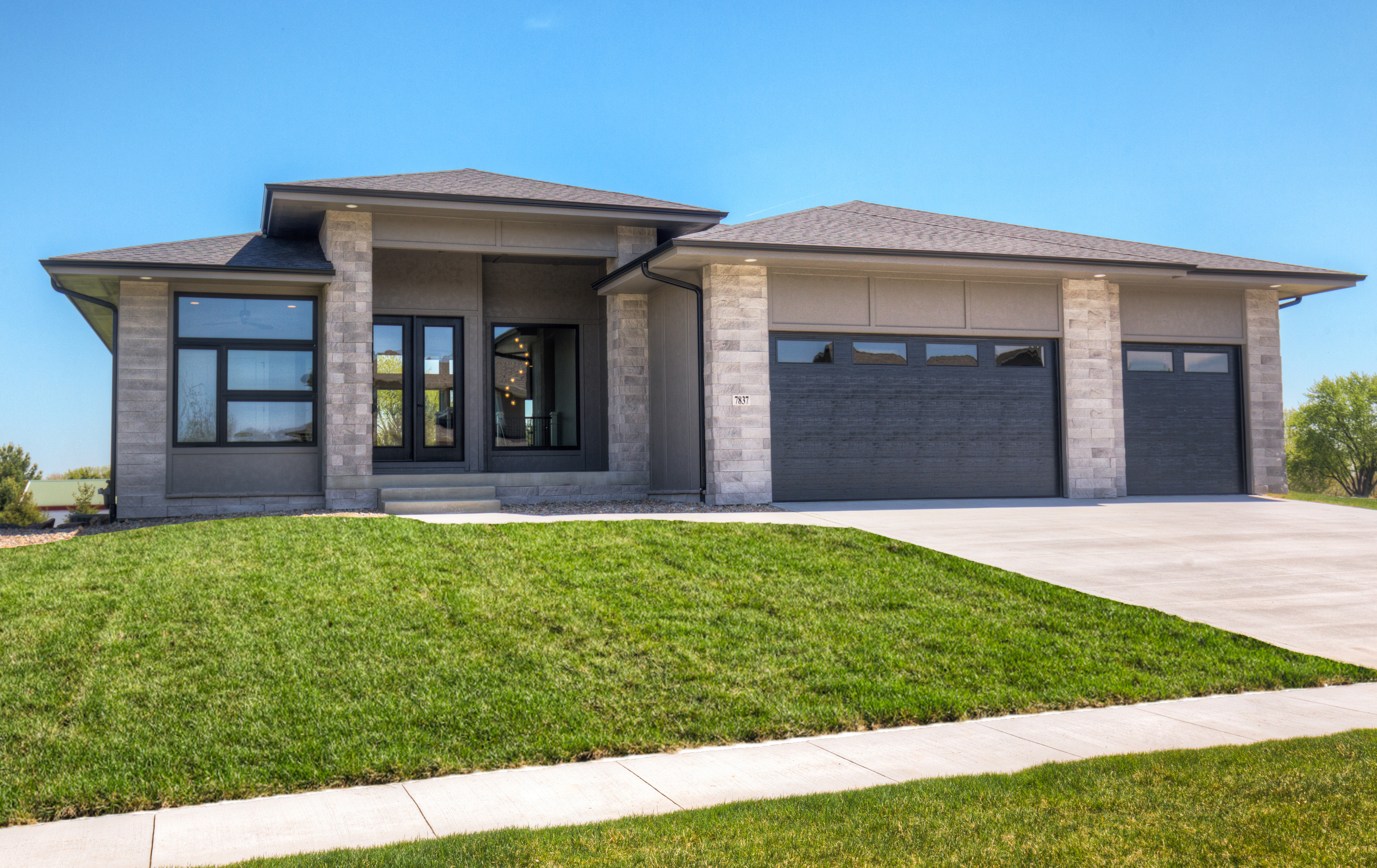 Ranch Custom Home in Des Moines