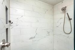 Tile Showers in Des Moines