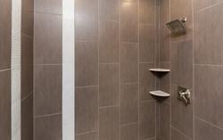 30 Ridgeland Master Shower