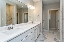 White Bathroom, Marble Look in Ceramic