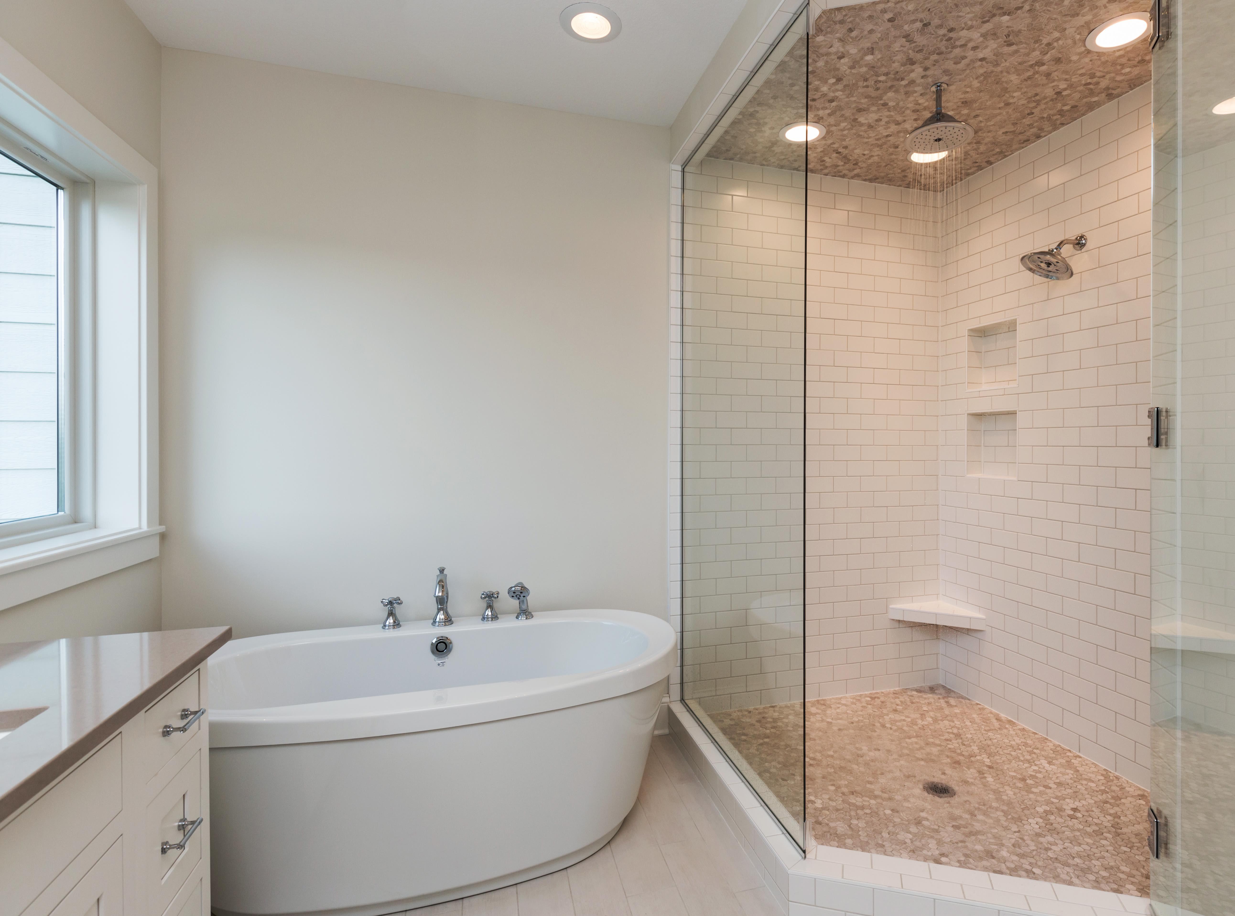Custom Shower by Homebuilder