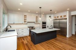 Des Moines White Kitchen