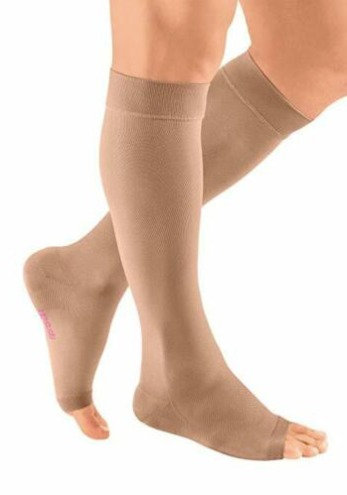 CCL2 Medical Grade Compression Stocking for Knee Length – 23mmHg to 32mmHg