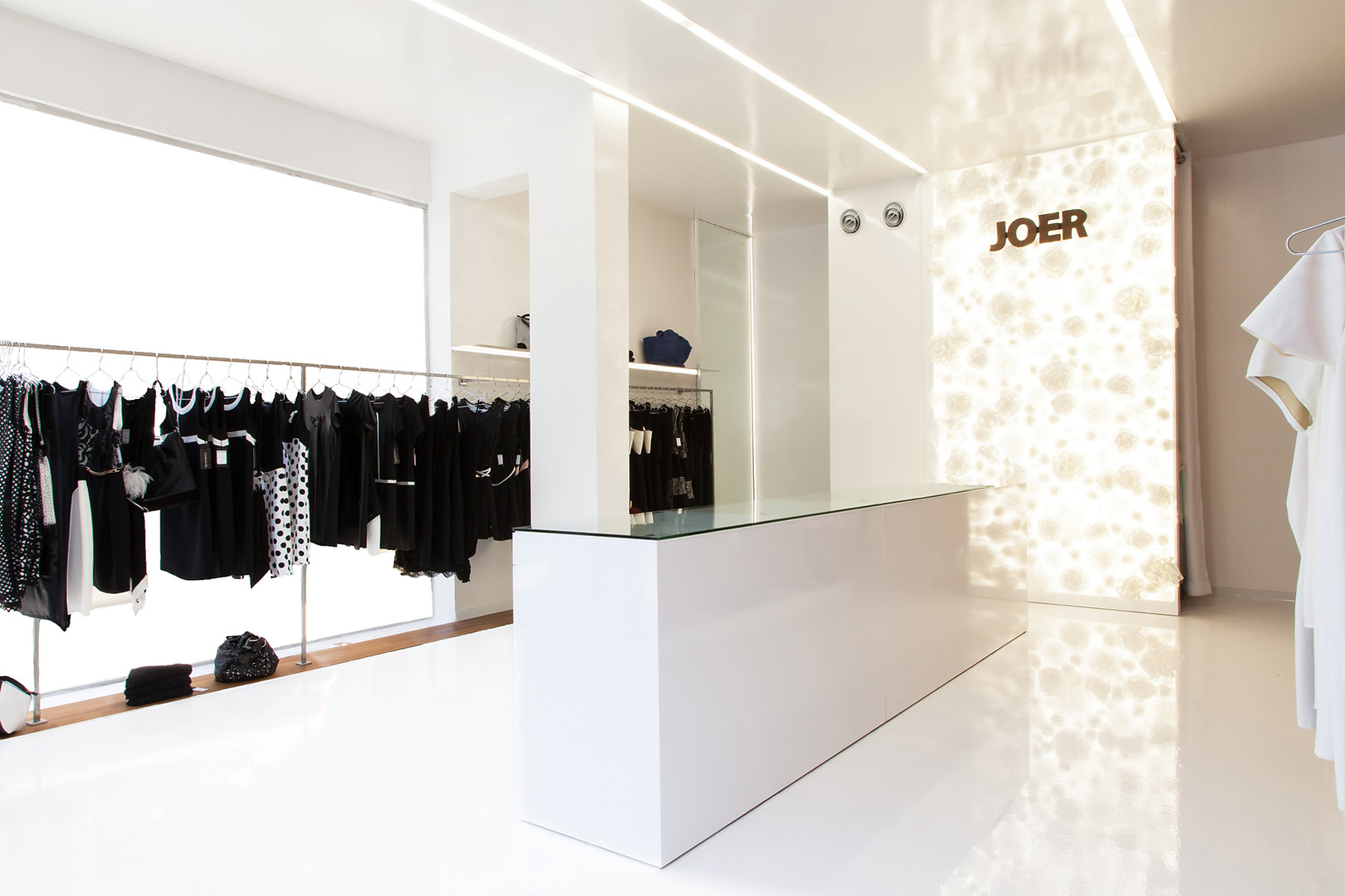 Joer 1 | חנות אופנה בתל אביב