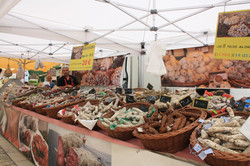 Dordogne markets