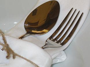 cutlery-1313930_1920.jpg