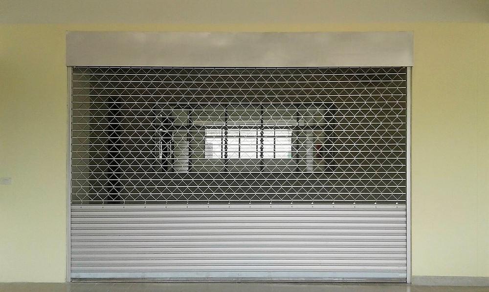 ประตูม้วนระบบสปริง ระบบมอเตอร์ไฟฟ้า คุณภาพดี ราคาย่อมเยา – ซีเจ เมทัลลิค