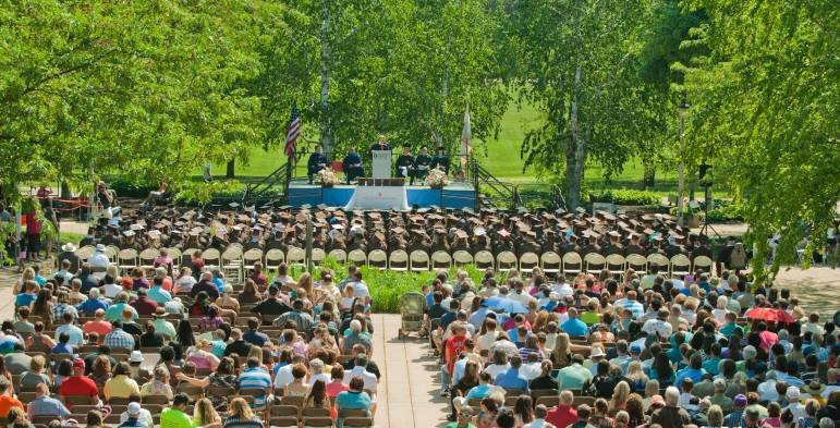 Highland Graduation (Outdoor).jpg