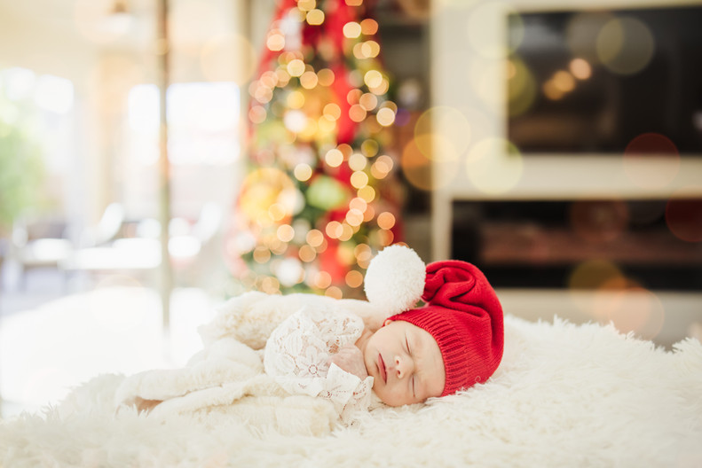 NEW BEGINNINGS NEWBORN IN HOME SESSION H