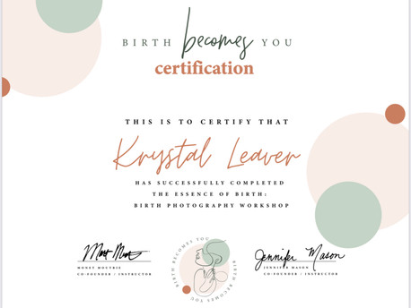It's official! Meet your newest certified birth photographer in Las Vegas ❤️