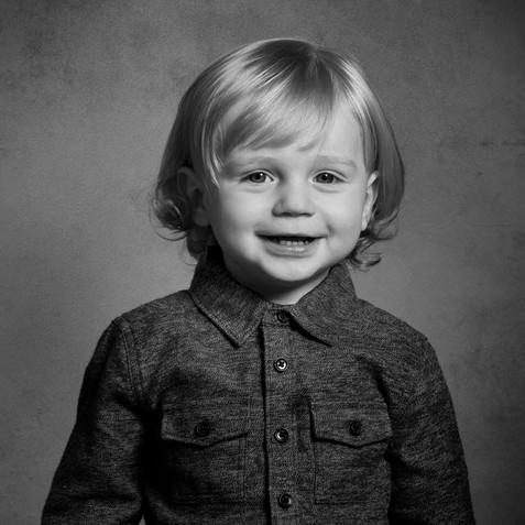 toddler studio photshoot