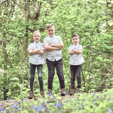 kids outside photoshoot