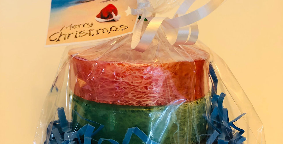 3 Small Loofah Soap Gift Bag, 1 Cinnamon, 1 Gingerbread, and 1 Peppermint.