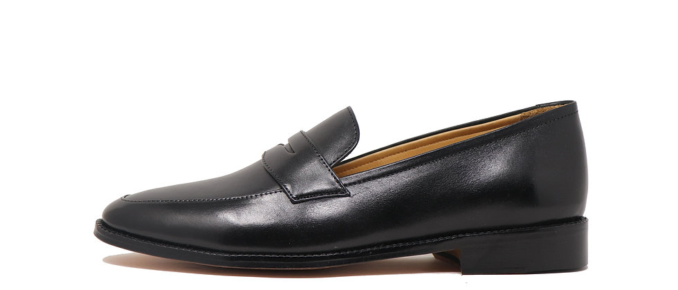 Solo Black Loafer
