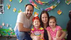 Beautiful Jewish Family in The North Shore!