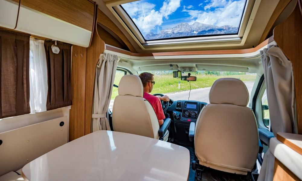 3 Safety Tips for a Solo RV Trip