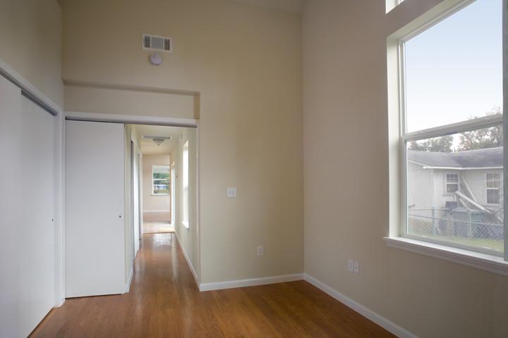TX+Grow+Home+Bedroom.jpg