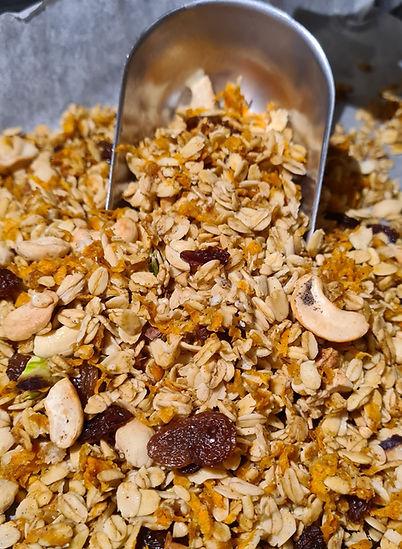 Carrot Halwa granola cashew pistachio sultanas oats buckwheat indian desi dessert