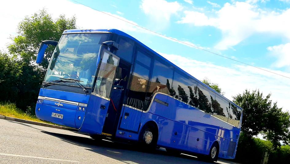 YJ57 BTX - Van Hool SB4000
