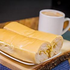 TOSTADA Y CAFE CON LECHE