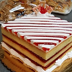 ESPECIALES DE FIESTAS (CAKE + 3 BANDEJAS)