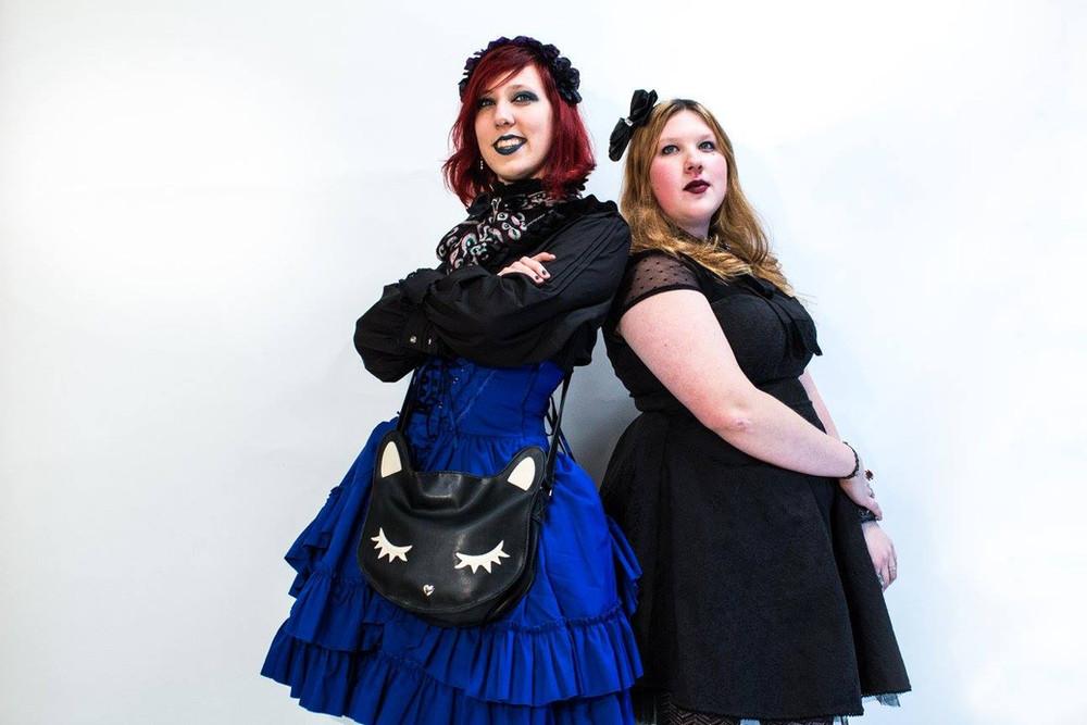 Gothic Lolita fashion sisters