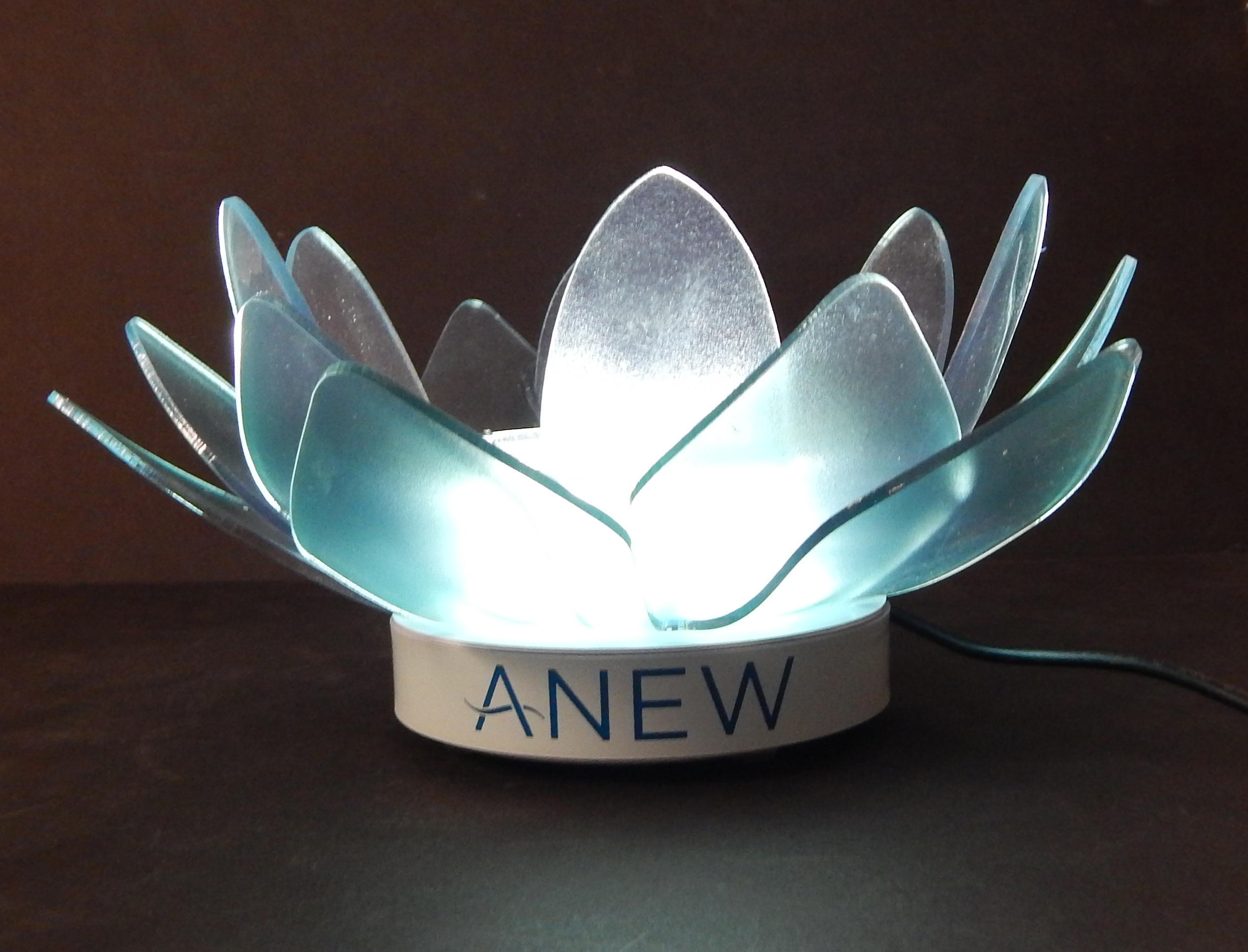 ANEW Lotus Bottle Glorifier