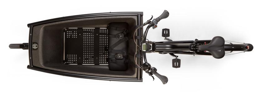 UA-Family AllBlack Drone