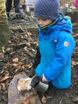 Der Jungkoch in der Waldküche