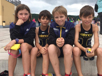 Les jeunes à l'aquathlon de l'ACO. reco du TMB pour le groupe adultes.