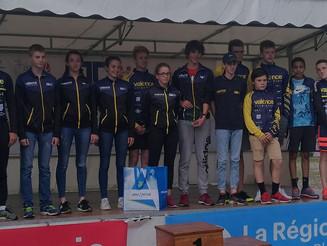 29 Jeunes du Valence Triathlon à la 1/2 Finale Championnat de France Jeunes à Albertville.