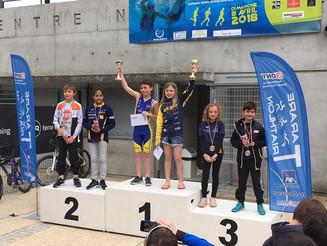 Aquathlon de Tarare pour les jeunes, Triathlon par équipes pour les seniors. Mathilde Cini sur l&#39