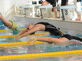 Mathilde Cini aux Championnats d'Europe bassin de 25m avec l'équipe de France de natation.