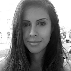 Isabella Carvalho