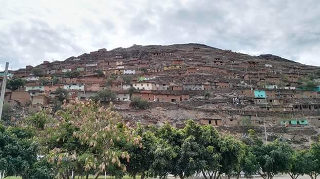 Casas en los cerros, asentamientos humanos