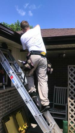 eavestrough repair