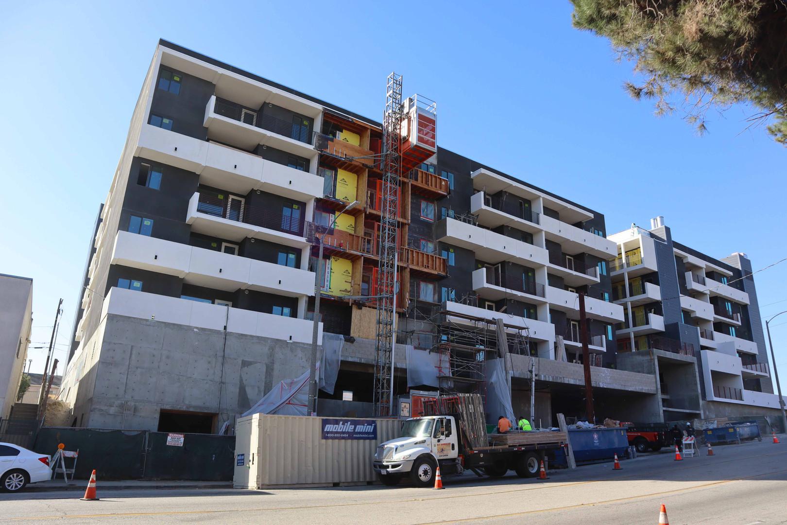 417 Centinela Apartments