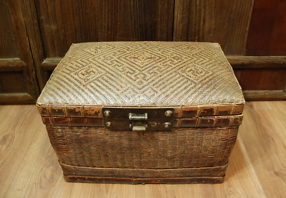 Chinese Antique Bamboo Box