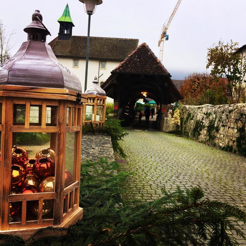 Eingang Weihnachtsmarkt Zwingen