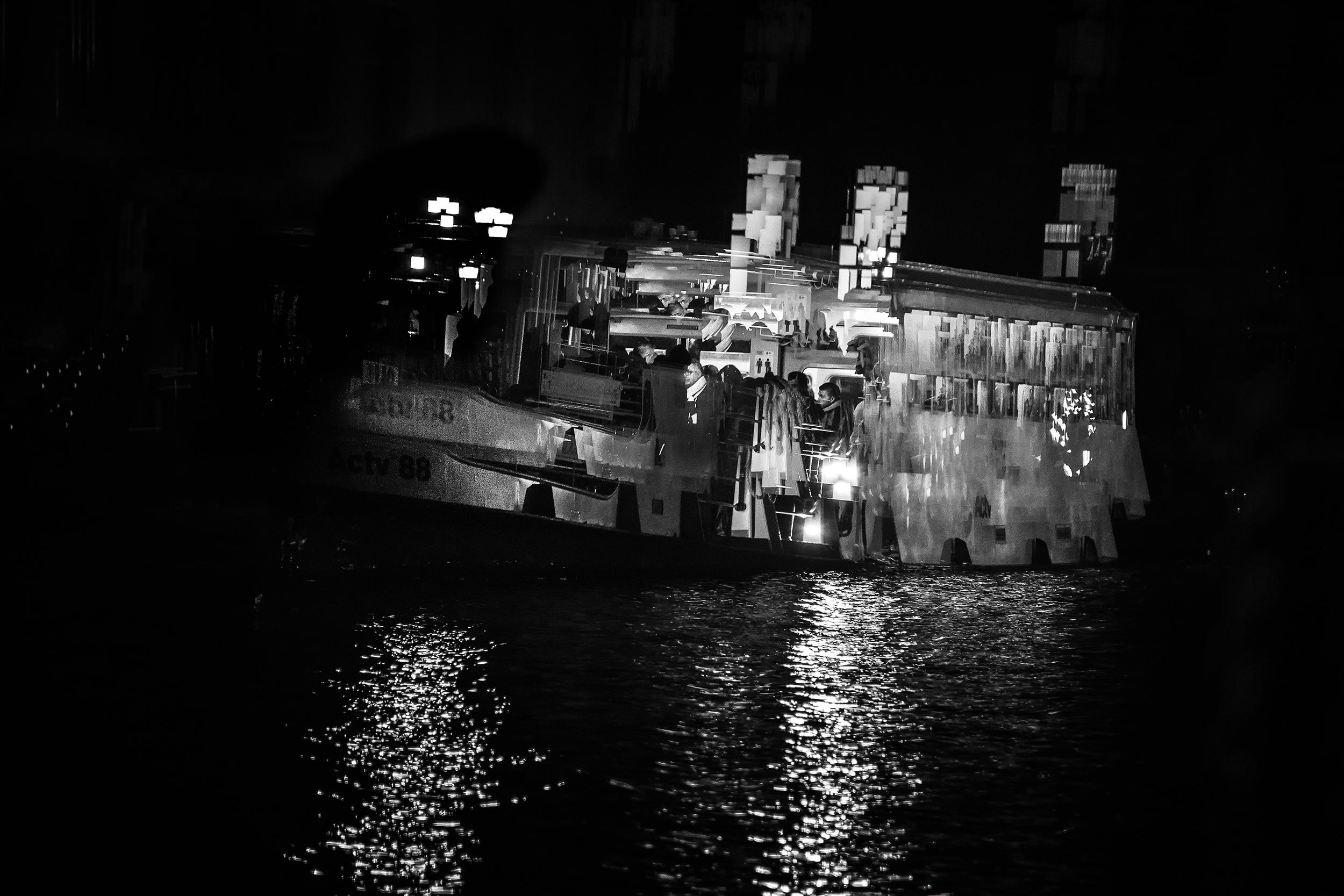 'Night Ghost Vaporetto' Venezia