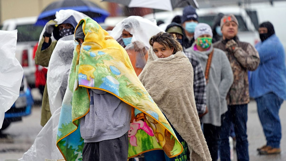 Visuals : (CNN ) Texans Freeze In The Cold