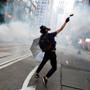 BBC | Hong Kong citizens to be given 'support' to come to UK