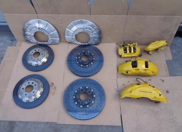 Kit de freins céramiques PORSCHE CAYENNE 7P5