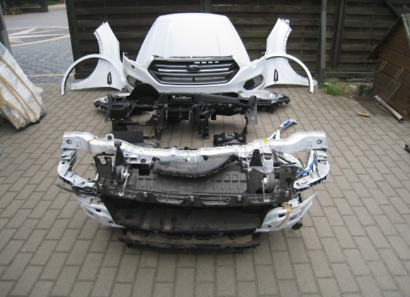 Face avant complète Ford Kuga 2013