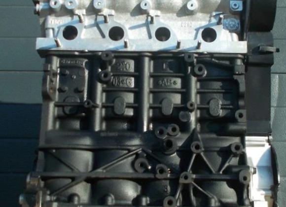 Bloc moteur nu Volkswagen Touran 2.0 TDI AZV