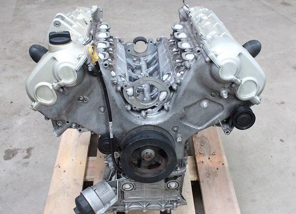 Bloc moteur nu PORSCHE PANAMERA TURBO S 4.8 V8