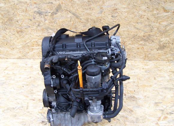 Moteur complet 1,9 TDI 115cv AUDI A4 VW PASSAT AJM