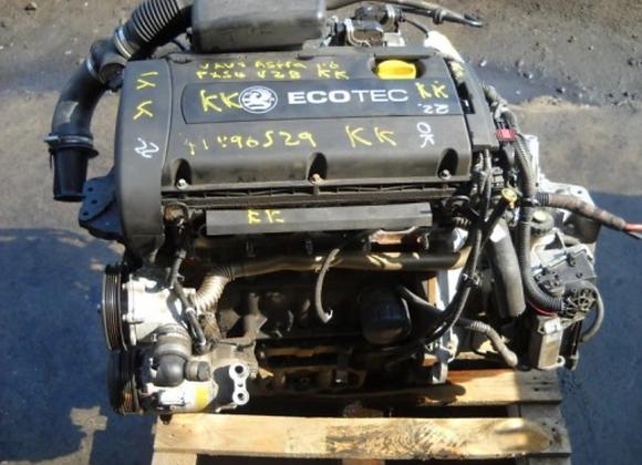 Bloc moteur OPEL Zafira B 1.6 i 16V 105 cv Z16XEP