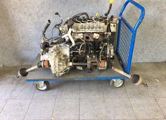 Bloc moteur Trafic / Vivaro 2.5 dCi